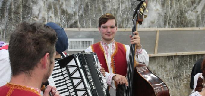 VIDEO/Foto: Spectacol folcloric cu musafiri din Cehia la Salina Turda