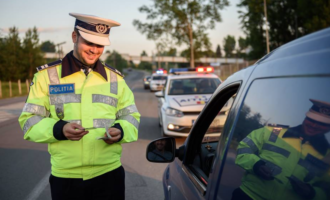 Radarele vor fi instalate exclusiv pe autovehicule cu sigla poliţiei rutiere