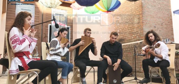 VIDEO: Turda renaște! Atmosferă de vis în prima zi a Festivalului Internațional de Teatru
