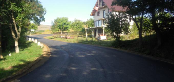 Lucrările de întreținere și asfaltare pe drumul județean 103G Săndulești au fost finalizate