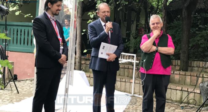 """Indrei Rațiu la deschiderea Festivalului de Teatru: """"Văd orașul nostru cu ochi noi. Ma simt deosebit de mandru ca sunt prezent in acest nou capitol al Turzii!"""""""