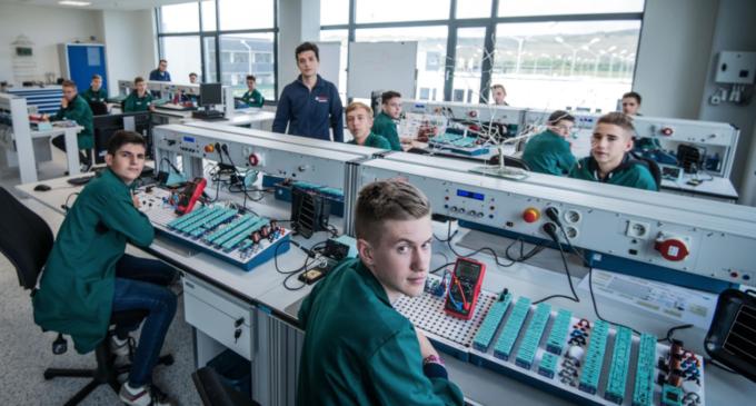 Bosch inaugurează un Centru de Training la Cluj. Programul de învăţământ dual Bosch – un pas către o dezvoltare profesională solidă