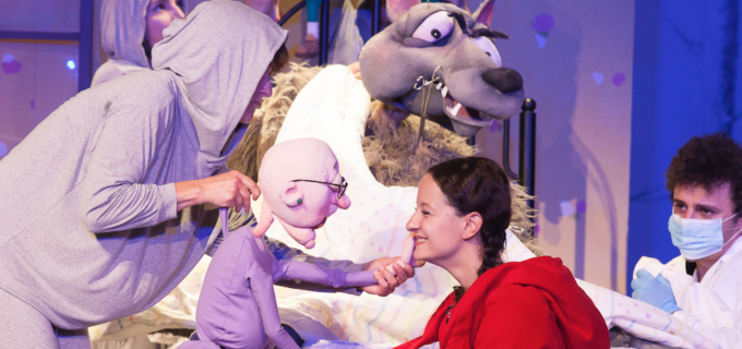 """La finalul acestei săptămâni, micii spectatori clujeni sunt așteptați la sediul Teatrului de Păpuși """"Puck"""" cu două spectacole"""