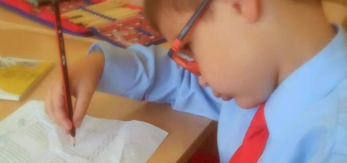 """Asociația Autism Câmpia Turzii va implementa proiectul """"Copil ca tine sunt și eu"""", proiect cofinanțat din bugetul local al municipiului Câmpia Turzii"""