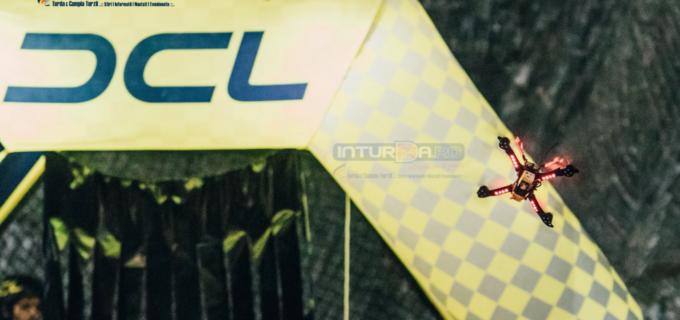 VIDEO/Foto: Cei mai buni piloți din lume au făcut spectacol total la Salina Turda