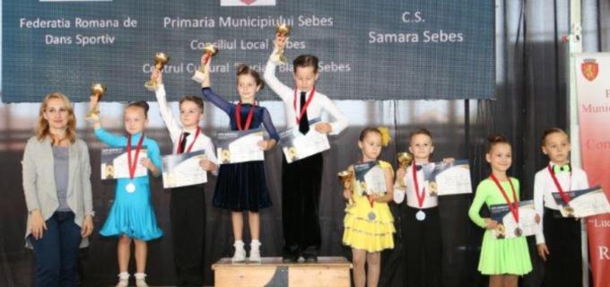 16 medalii obținute de dansatorii turdeni la Cupa României și Cupa Sebeșului