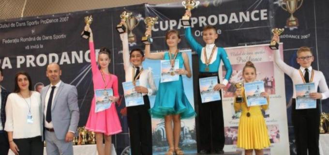 Dansatorii turdeni au participat la Cupa ProDance din Orăștie și la Cupa Castanelor din Baia Mare