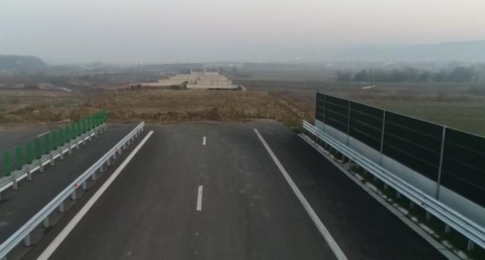 """Asociația Pro Infrastructură: """"În sfârșit, după o rușine națională de care suferim de 4 ani de zile, au început lucrările la ciotul de 800 m din Autostrada A3!"""""""