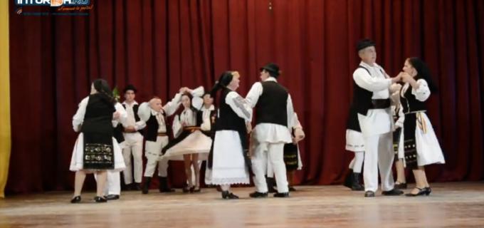 VIDEO: Câmpia Turzii a găzduit Festivalul Jocului Fecioresc din Transilvania