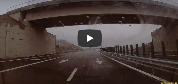 VIDEO/Foto: Filmare realizată din maşină pe lotul 3 al Autostrăzii Sebeş – Turda