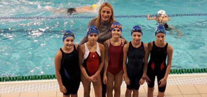 Delfinii turdeni alături de campioana olimpică, Camelia Potec, la Campionatul național Poliatlon