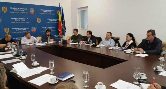 Ședință de lucru a Comitetului Local pentru Situații de Urgență. Municipiul Câmpia Turzii este pregătit pentru iarnă!