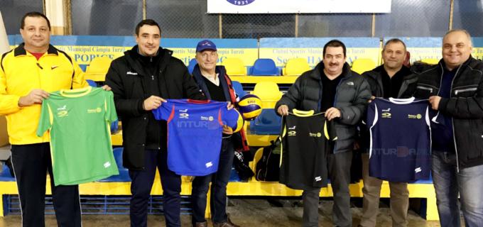 VIDEO: Surpriză din partea Rotary Club pentru sportivele CSM Câmpia Turziii