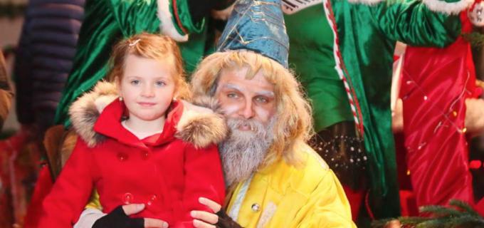 VIDEO/Foto: S-a deschis Târgul de Crăciun de la Turda