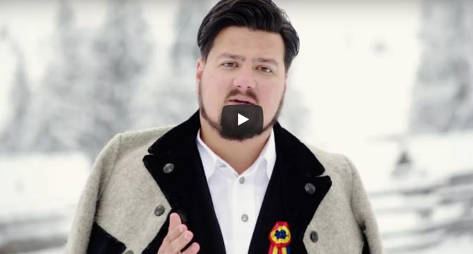VIDEO – Călin Pop și-a lansat mai multe colinde la Târgul de Crăciun de la Turda
