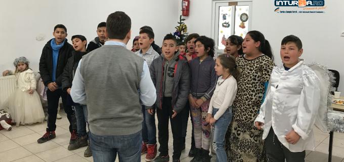 VIDEO: Activitate culturală organizată de Centrul Comunitar de Igienă și Sănătate Turda cu ocazia Sărbătorilor