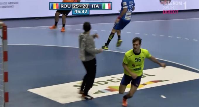 VIDEO: Roland Thalmaier a marcat două goluri în victoria României cu Italia, scor 34-24