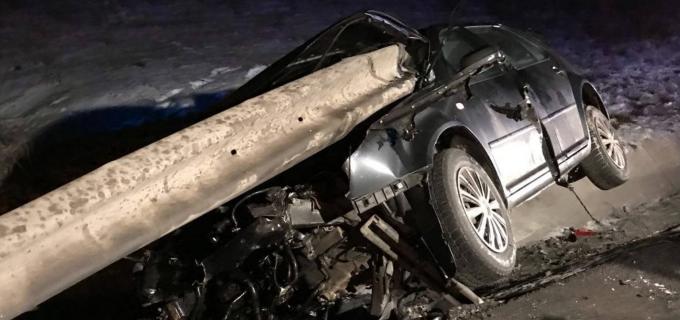 FOTO: Accident grav pe centura Apahida-Vâlcele! Un tânăr de 25 de ani a intrat frontal într-un parapet