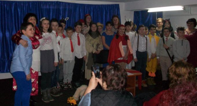 Ziua femeii sărbătorită la Centrul de zi pentru vârstnici Turda