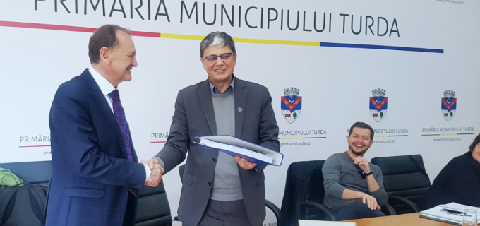 A fost semnat contractul de finanțare pentru modernizarea Castrului Roman! Investiție de 5 milioane de euro pentru Turda