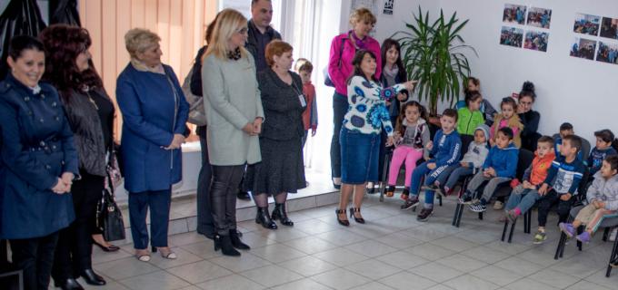"""Organizația Femeilor Social Democrate Turda a continuat campania ,, Și nouă ne pasă!"""", inițiată în urmă cu șapte ani"""