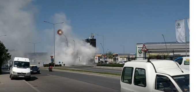 Incendiu la Rompetrol pe Calea Turzii. Ziar de Cluj: Bărbatul a luat o canistră, a umplut-o cu benzină, a intrat în mașină și apoi și-a dat foc