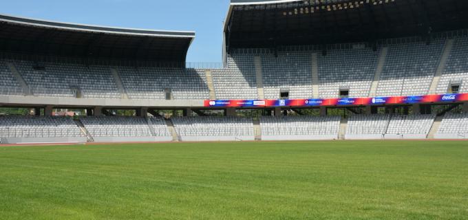 Gazonul de pe Cluj Arena se prezintă în condiții excelente pentru marele meci dintre Generația de Aur a României și Legendele Barcelonei