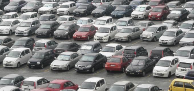 Companiile auto reiau producţia, dar introduc măsuri de siguranță