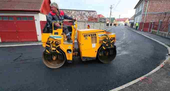 O nouă stradă asfaltată la Turda