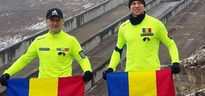 VIDEO | De la Galati la Alba Iulia. Doi militari au ajuns azi in Orasul Unirii, dupa ce au parcurs alergand distanta de 550 km in 2 saptamani
