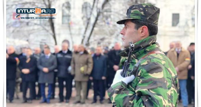 Foto/VIDEO: Ceremonial Militar-Religios organizat cu ocazia Zilei Revolutiei Române, la Turda