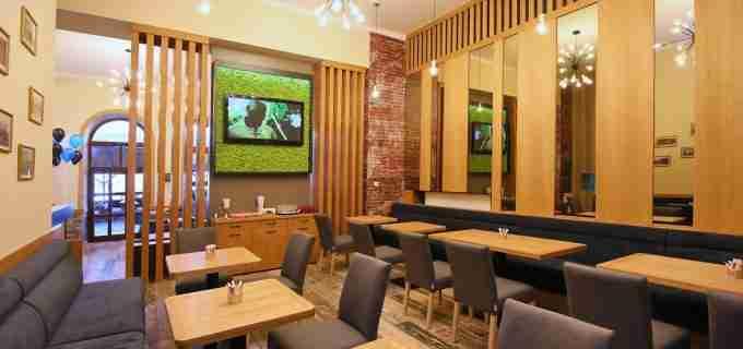 Foto: Restaurantul Alegria Centrale s-a redeschis! Vezi aici cum arata acum localul
