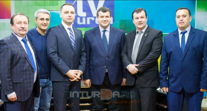 VIDEO – Conferinta de presă PMP Turda. Invitati speciali: Robert Turcescu, Eugen Tomac și Vasile Lungu