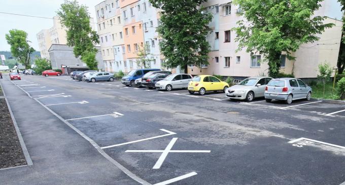 Au fost create 58 de locuri noi de parcare în municipiul Turda!