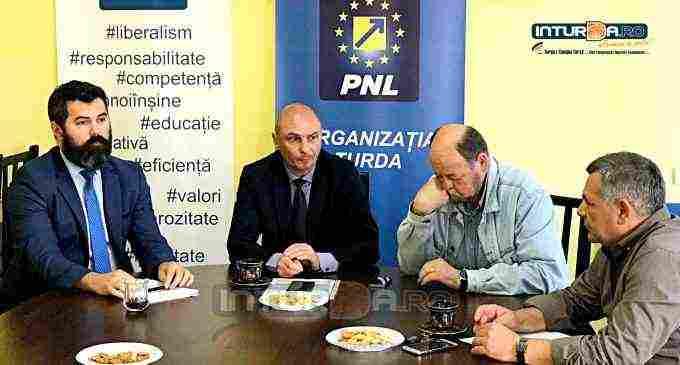"""Conferinta de presă PNL Turda. Nicolaie Giurgiu: """"Mulțumim turdenilor pentru că au participat la vot!"""""""