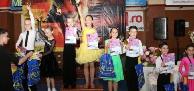 20 de medalii pentru Clubul de Dans Sportiv Potaissa Turda, la Cupa Latino Angels Dej