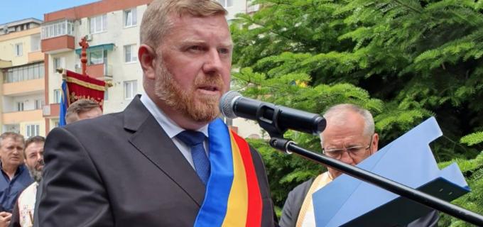 """Alocuțiunea Primarului Municipiului Câmpia Turzii cu ocazia """"Zilei Armatei Române"""""""
