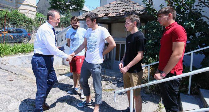 #TurdaDecide – Centru pentru inițiative de tineret, Voluntariat și Implicare în Comunitate
