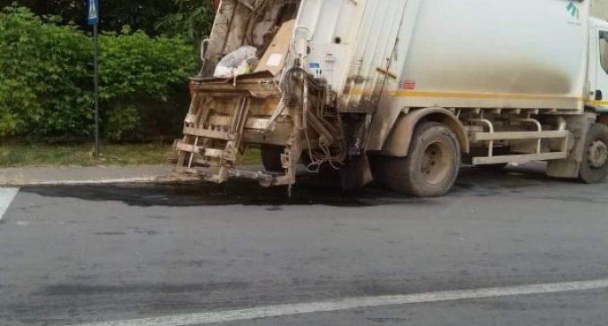 Compania de Salubritate  – sancționată pentru colectarea neconformă a deșeurilor