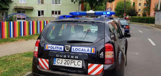 Un tânăr de 15 ani din Câmpia Turzii a jefuit o grădiniță