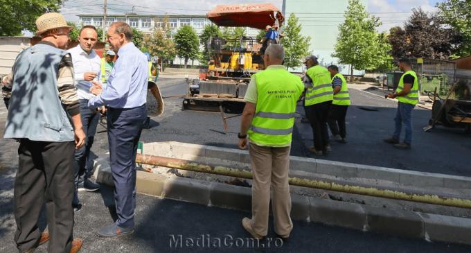Primarul municipiului Turda, Matei Cristian, din nou în teren pentru a supraveghea șantierele pe care se lucrează