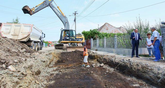 Au început lucrările de modernizare a străzilor și în Cartierul Băi!