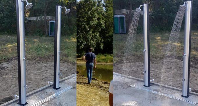 """""""La Băltoacă"""" au fost instalate dușuri solare –  #TurdaDecide"""