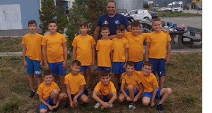 Cei mai mici handbaliști de la Potaissa Turda participă la Festivalul Național de Baby Handbal