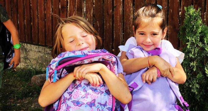 """154 de copilași au beneficiat de ajutorul proiectului """"Rotaract te trimite la școală"""""""
