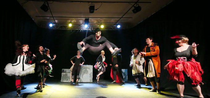 Pentru prima dată în istorie Teatrul Aureliu Manea din Turda trece Atlanticul! Spectacolul TRIX se va juca la TORONTO