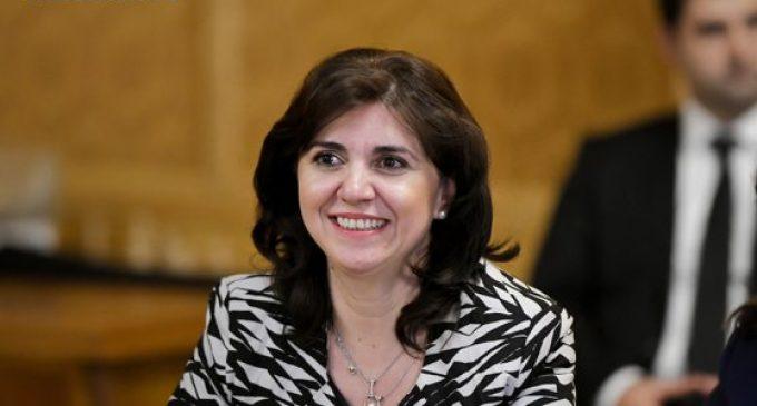 Noul ministru al Educației: Elevii să nu mai aibă atâtea teme, muncesc mai mult decât părinții
