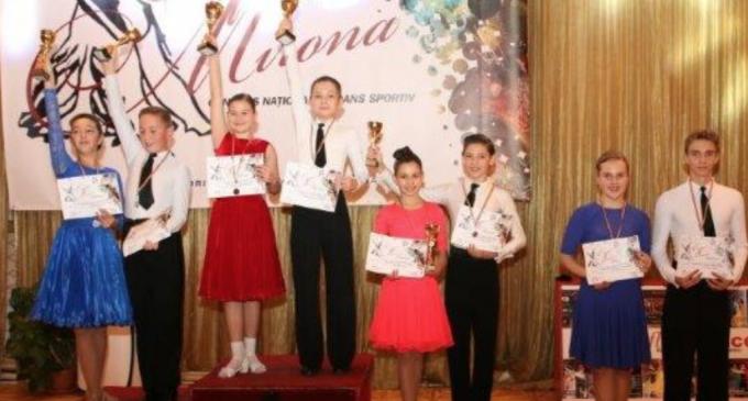 """Un weekend plin de activitate pentru Clubul de Dans Sportiv """"Potaissa Turda"""""""