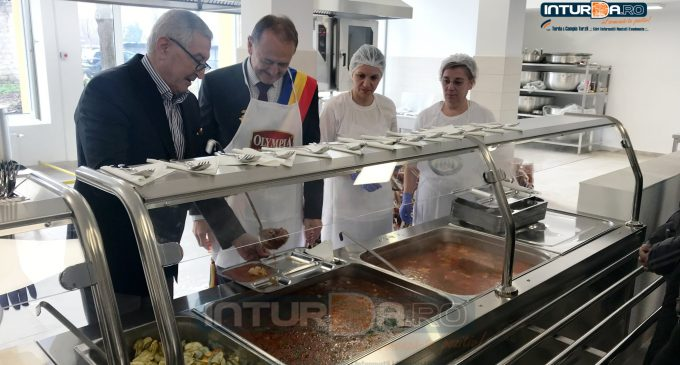Foto/Video: La Turda a fost inaugurată o cantină socială