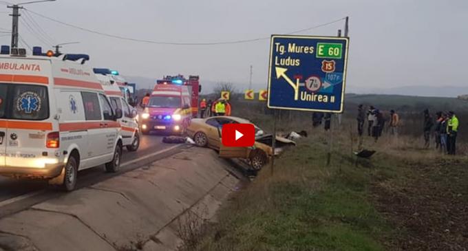 Accident groaznic în Luncani. Doi oameni au murit după ce un șofer a intrat pe contrasens și s-a izbit de o autoutilitară